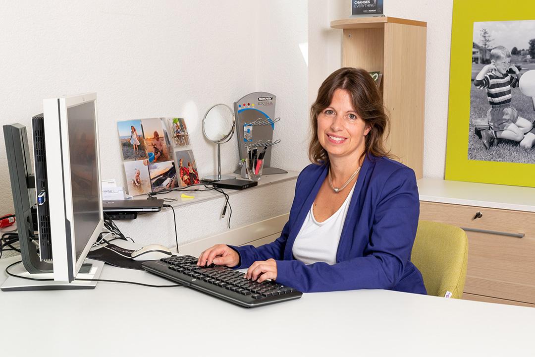 Angela Schüpbach freut sich auf Ihren Besuch